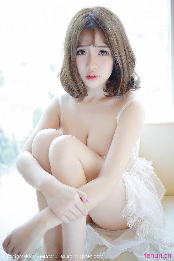 圣光绝色_013 清纯可爱妹子徐cake丁字裤私房!无圣光原图p3